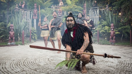 Tamaki Māori Village offers encounters with authentic Māori rituals and traditions