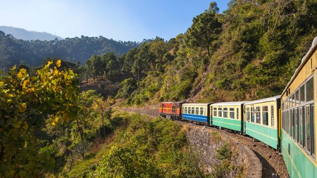 The Himalayan Queen Toy Train   © Jon Arnold Images Ltd / Alamy Stock Photo