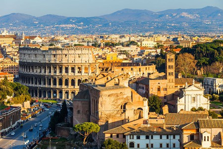 When (not) in Rome, do as the Romans do