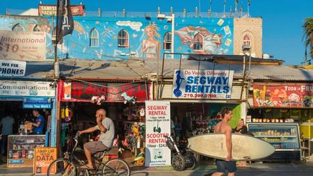 Take a tour of famous Venice Beach