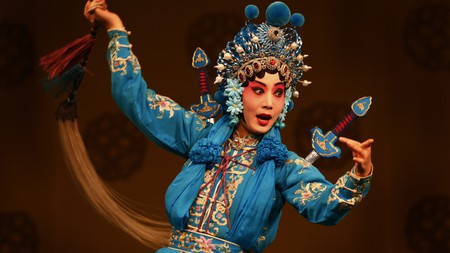 Take in a mesmerising Peking opera performance