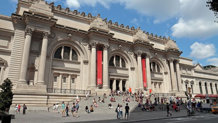 The 5th Avenue entrance to the Metropolitan Museum of Art, Manhattan, New York