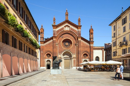 Piazza del Carmine, Brera, Milan. Now you can enjoy a foodie walking tour around this part of the city |