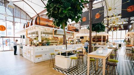 Food market and a Spanish restaurant Mercado Gourmet Lonja Del Barranco