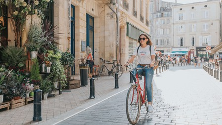 Cycling is just one of the many cheap and easy ways to get around during your trip to Bordeaux