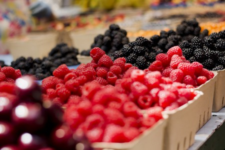Raspberries Market Display