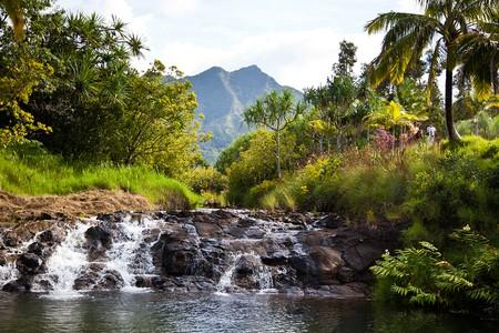 Explore the breathtaking beauty of Hawaii