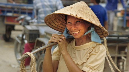 Get the most out of your trip to Cambodia by conversing with local people