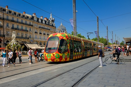 In Montpellier's historical centre the Ecusson tramway goes past Place de la Comedie
