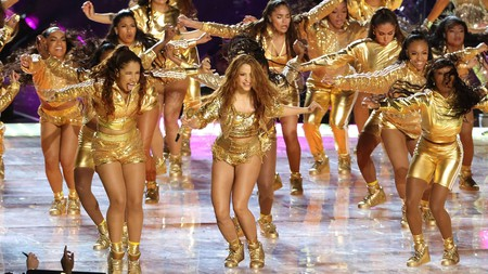 Shakira dances champeta with her Colombian backup dancers on the world's biggest stage, the Super Bowl halftime show, in February 2020