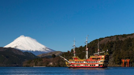 Ancient walking routes, relaxing hot springs and spectacular views of Mount Fuji make Hakone a perfect getaway spot