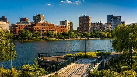 The trail along the Charles Rivers offers sweeping city views