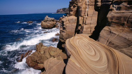 Enjoy all the best aspects of Australian nature by camping at sites near Sydney, like Bouddi National Park