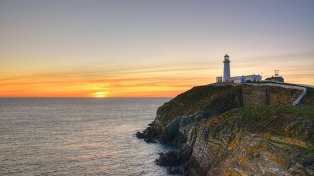 The South Stack lighthouse, off the coast of Anglesey, is a beautiful spot to watch the sun go down