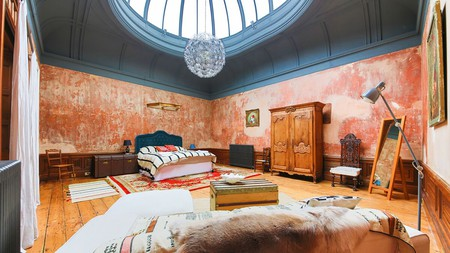 This Victorian-era art gallery once housed the works of a private collector