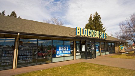 The last Blockbuster video rental store in the world can be found in the small town of Bend, Oregon | © Buddy Mays / Alamy Stock Photo