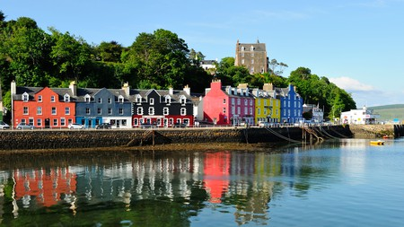 The picturesque town of Tobermory is one of the top places to see on the Isle of Mull