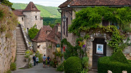 Saint-Cirq-Lapopie village
