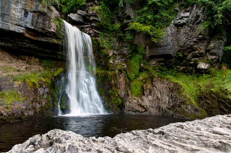 Thornton Force on the River Twiss, Ingleton Waterfalls Trail, Ingleton in the Yorkshire Dales National Park, North Yorkshire. Au