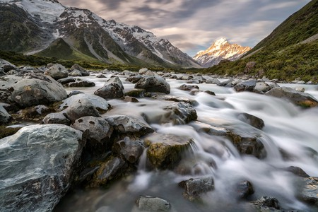 Aoraki/Mount Cook is one of many beautiful spots to visit in New Zealand