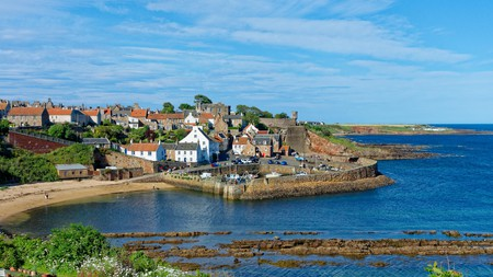 Fife offers a diversity of hikes showcasing the country's nature, heritage and architecture