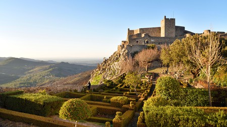 Alentejo makes for a peaceful getaway, where you can enjoy views of the countryside and the medieval Marvao castle