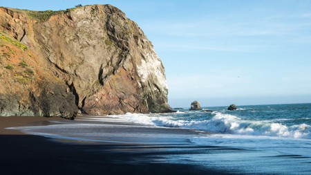 The Tennessee Valley Trail is a relaxing hike that leads to the Pacific Ocean