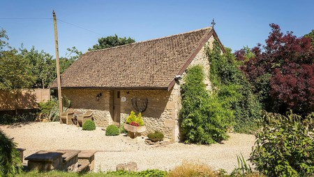 The idyllic setting of the Cotswolds is full of country retreats like this converted Georgian barn in Great Rissington