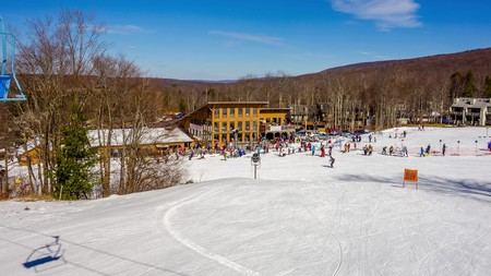 With its various ski resorts, West Virginia, USA, is a great destination for skiing holidays