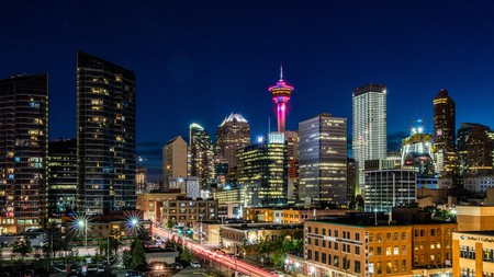 Calgary's nightlife offers everything from sophisticated cocktails to live music venues and late-night dancing