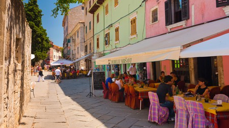 After some sightseeing and perhaps some good food, you can hang out at one of Pula's bars