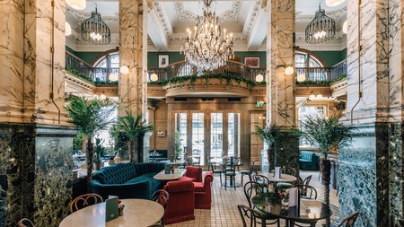 The Scotsman Hotel offers guests a luxurious stay in Edinburgh
