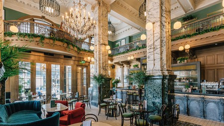 The Scotsman Hotel in Edinburgh offers a truly luxurious stay