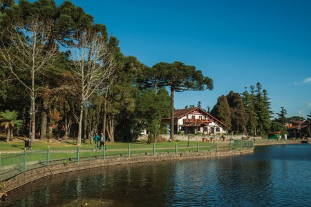 Joaquina Rita Bier Lake in Gramado, with a German-style house on its banks
