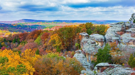 Garden of the Gods welcomes you to Illinois on your glamping getaway