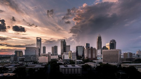 Many of Charlotte's best hotels give good access for both the financial district and the city's leisure attractions