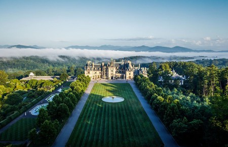 The Biltmore Estate is the largest privately owned house in the United States, inspired by a French château