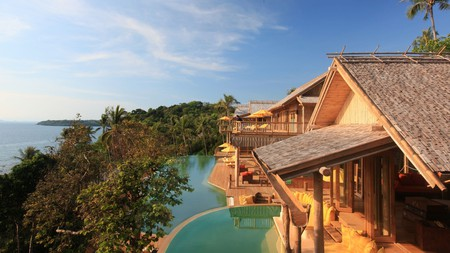 Treehouse restaurants, hotels and places to stay are available worldwide