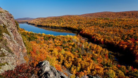 The Lake of the Clouds, in Porcupine Mountains, Michigan, is a stunning spot to enjoy the fall colors