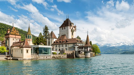 Whether you're looking for the thrills of an outdoor experience or want to enjoy fine dining and castles, Interlaken is the perfect destination