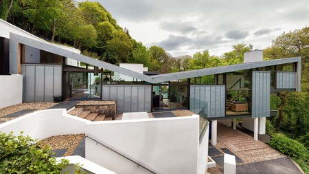 One of the coolest boutique hotels in Devon is Kaywana Hall with its butterfly-shaped roof