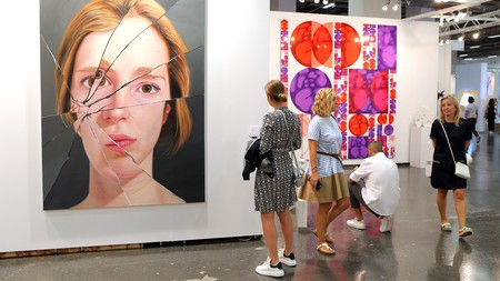 Istanbul hosts one of the world's biggest modern-art fairs