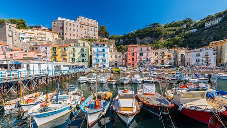Enjoy the best cuisine of the Amalfi Coast at one of Sorrento's top eateries
