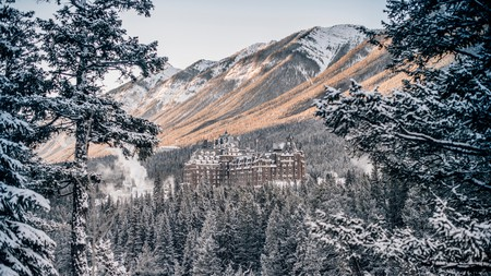 The Fairmont Banff Springs brings the beauty of Banff National Park to your doorstep