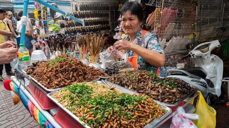 Foodstall selling fried insects at in Chinatown, Bangkok