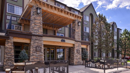 The Best Western Plus Peak Vista Inn and Suites offers comfortable rooms at a great price in Colorado Springs
