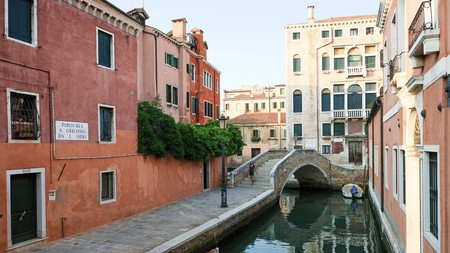 Wander the canalside streets of Venice and get great advice from those who live here
