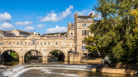There's plenty to see and do in Bath, including the Pulteney Bridge and weir