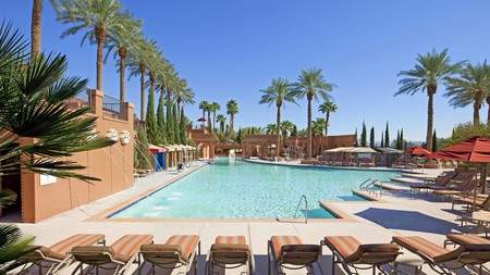 With countless wedding chapels, fine-dining restaurants, and luxurious hotel suites, Las Vegas is America's capital of romance