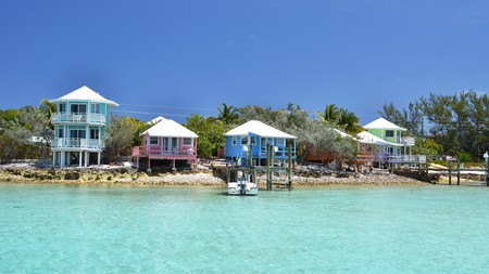 Book a top villa in the Bahamas to enjoy your own exotic oasis